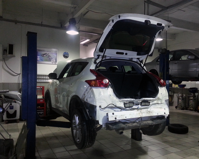 juke-bodyrepair2