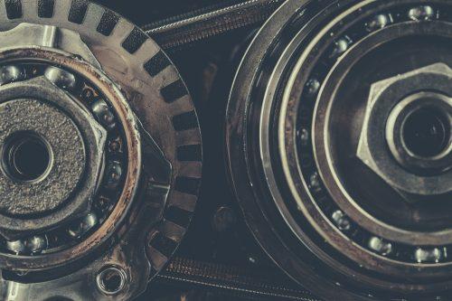 В зависимости от объема двигателей (ДВС) они подразделяются на три основные группы по объему ДВС: от 1,2 до 1,8 л. - RE0F11A (JF015E) класса light установлен на автомобили: Qashqai, Жук (Джук), Tiida, Micra и редкие у нас: March, Roox, Moco, от 1,6 до 2,5 л. - RE0F10A (JF011E) установлен на Кашкай, Х-Трейл, Тиида и Теана и от 2,5 до 3,5 л. - RE0F09A/B (JF010E) установлен на Teana и Мурано.